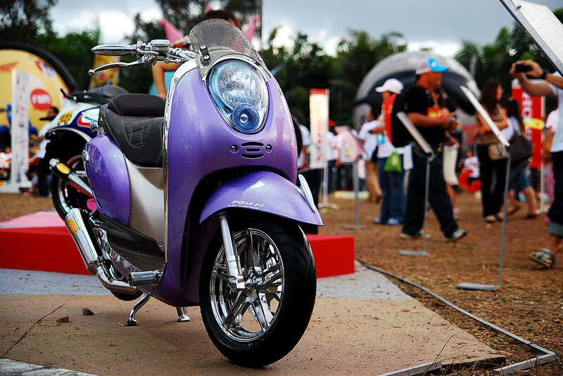 HONDA SCOOPY MODIFIKASI Full chrome