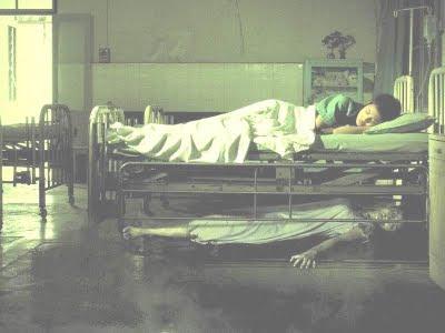Fantasma de baixo da cama