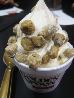 Golden Spoon Frozen Yogurt - mini size vanilla w/ cookie dough