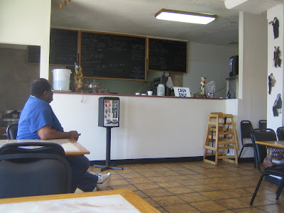 Stacy's Smokehouse - interior
