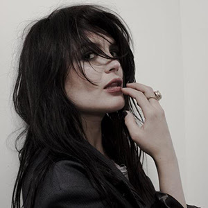 Seriously Ruined: The Girl's got Style! - Alison Mosshart