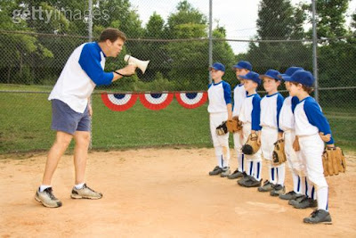 http://3.bp.blogspot.com/_Om1SuxxSu5E/So3rQnFhUnI/AAAAAAAAAMs/eMQobHK11m8/s400/little+league+coach.jpg