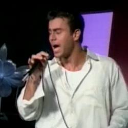 Enrique Iglesias - Enamorado Por Primera Vez - Video y Letra - Lyrics