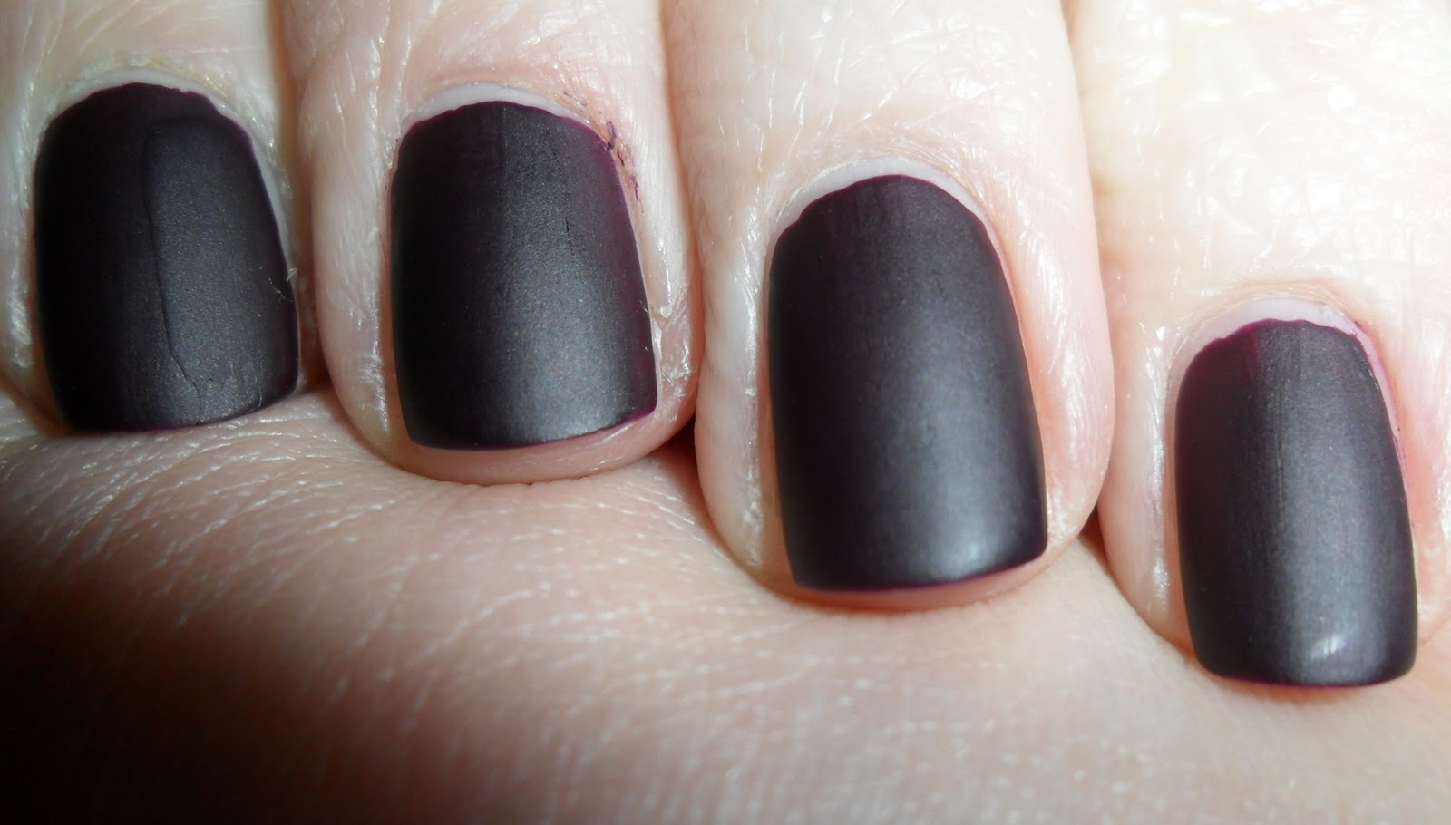 neonwei fairwind nagellack matt 40 midnight purple. Black Bedroom Furniture Sets. Home Design Ideas