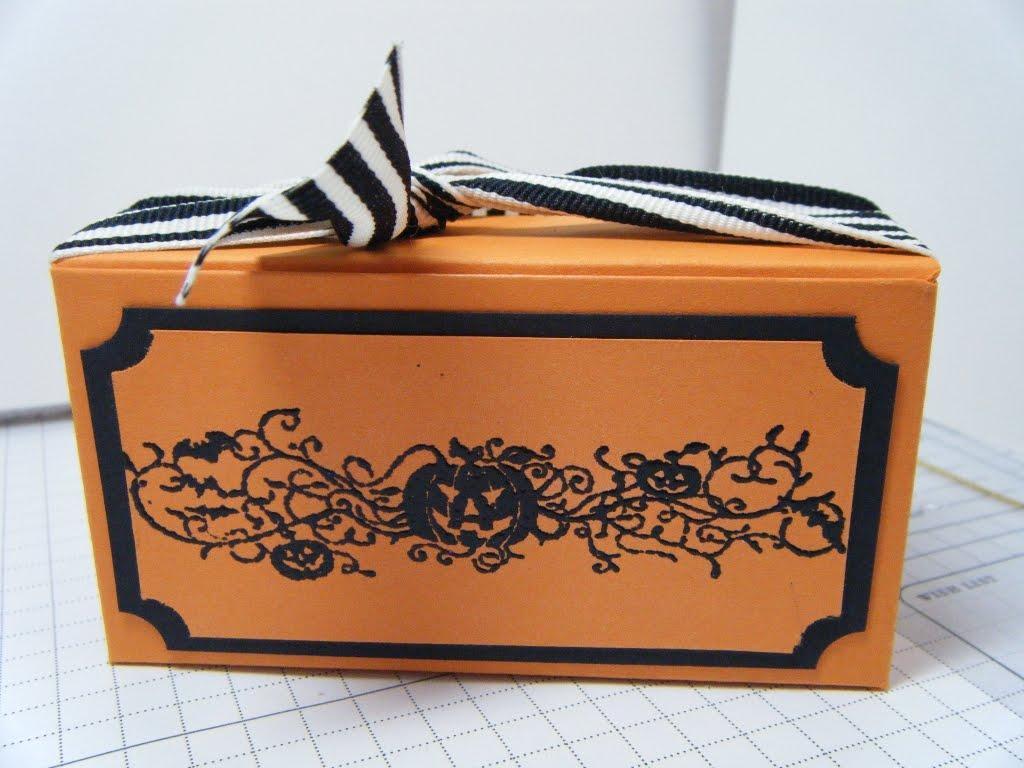 [halloween+box]