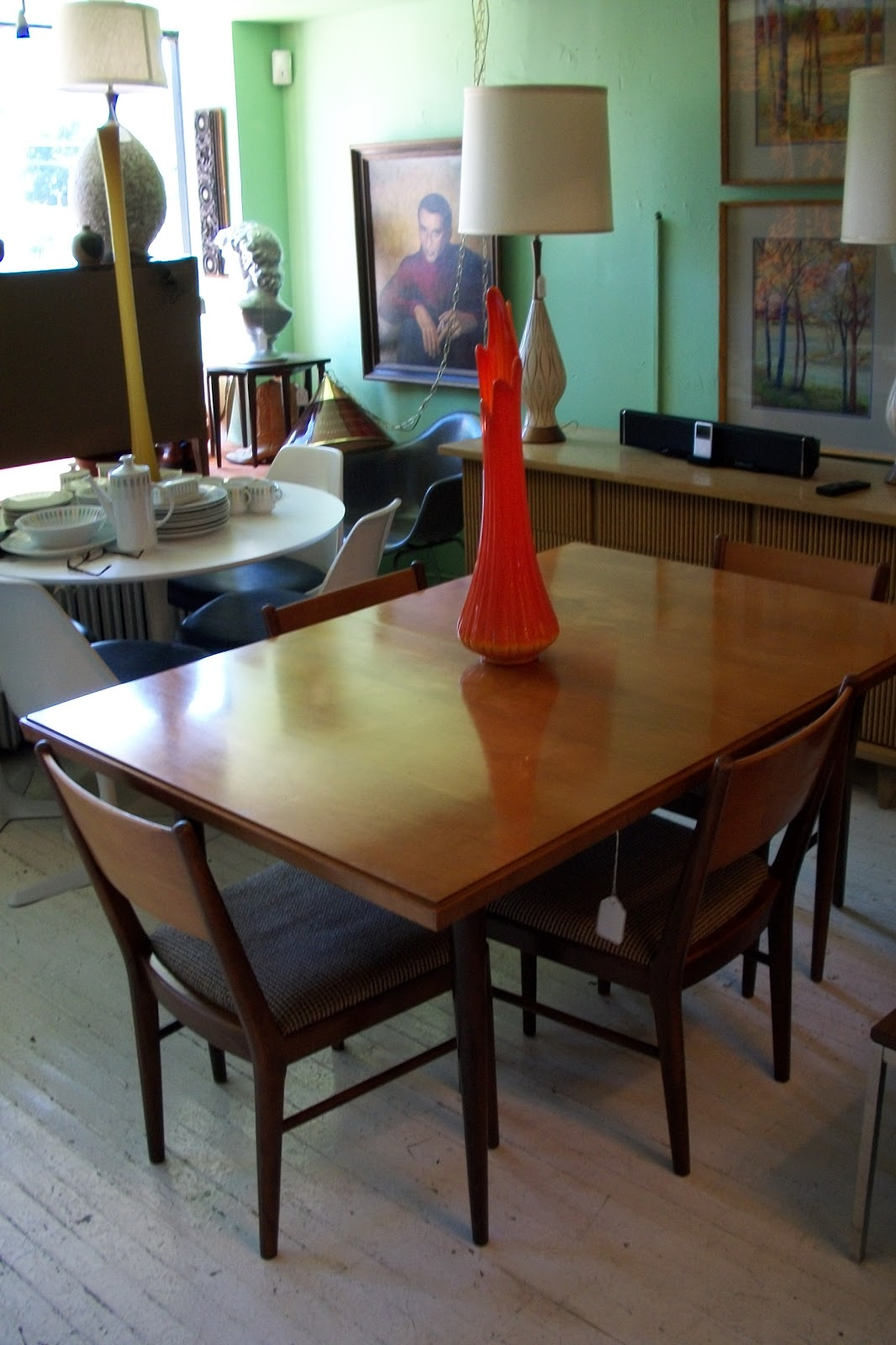 Thomasville Dining Room Chairs Thomasville Dining Room Sets Set Includes Pedestal Table With