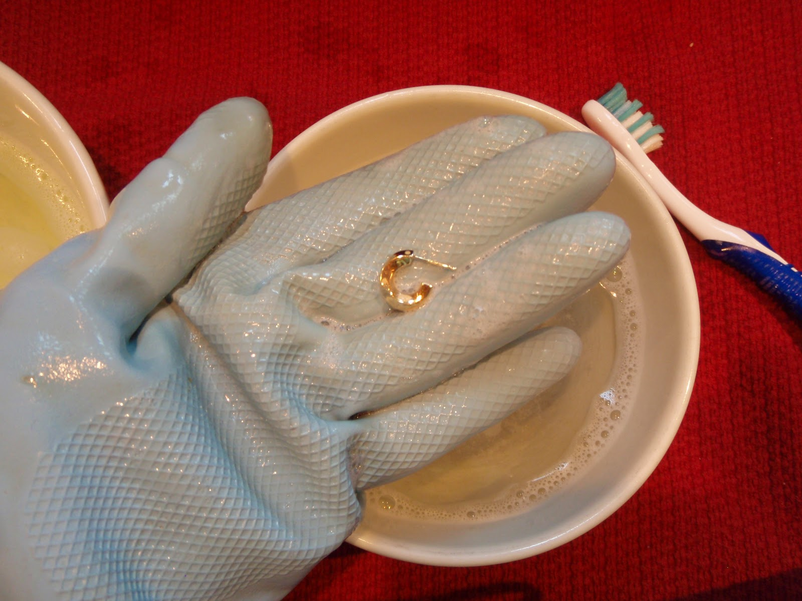 Cleaning Jewelry with Ammonia