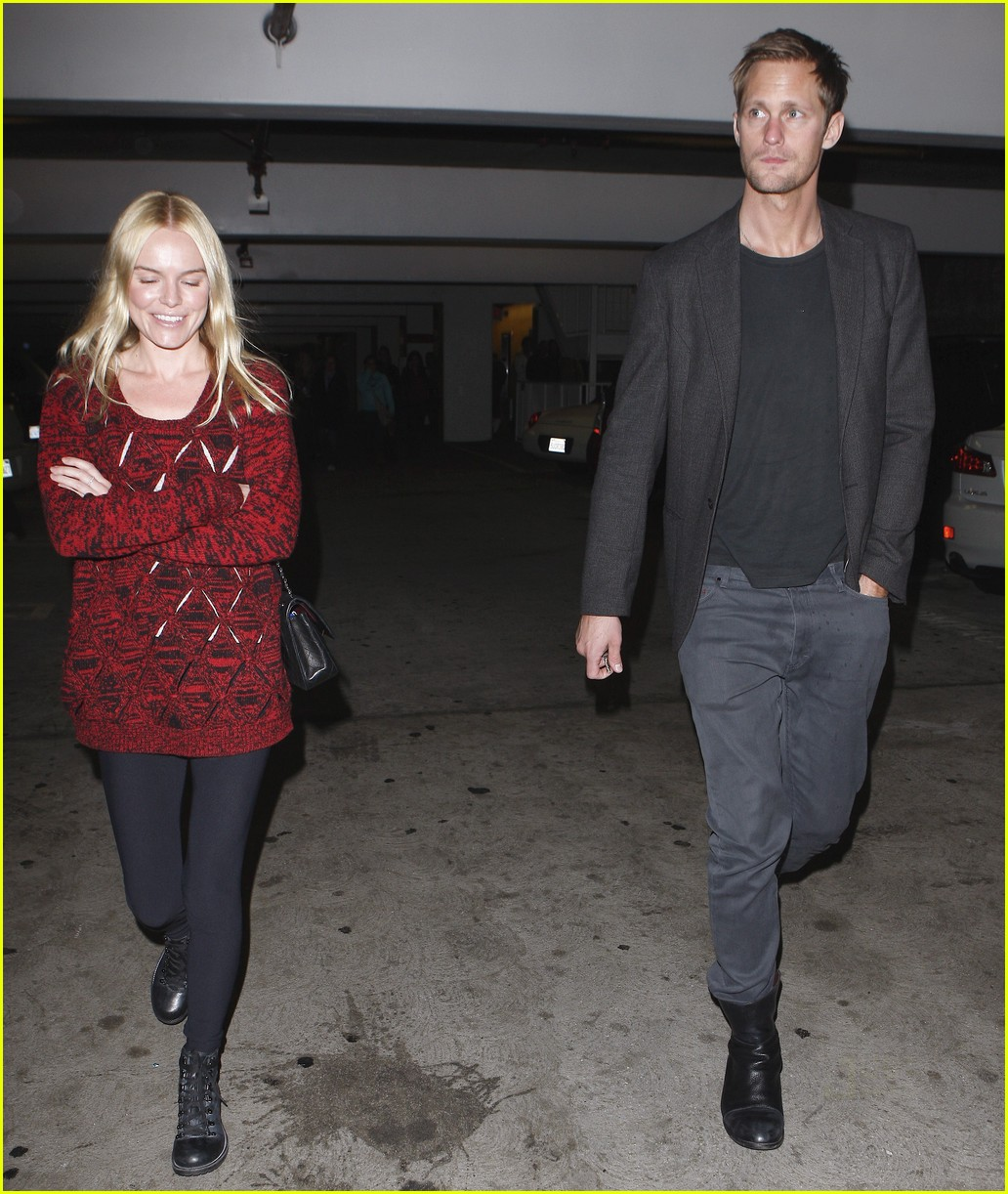 http://3.bp.blogspot.com/_OoofzdWdU8s/SwvXjPTpY3I/AAAAAAAALO4/PBKISh1Oqxo/s1600/alexander-skarsgard-kate-bosworth-movie-night-03.jpg