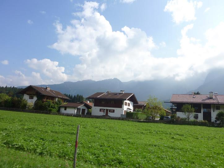 Andanças da Neca pela Austria, em 2009, passeio de carro pelos Alpes Austriacos