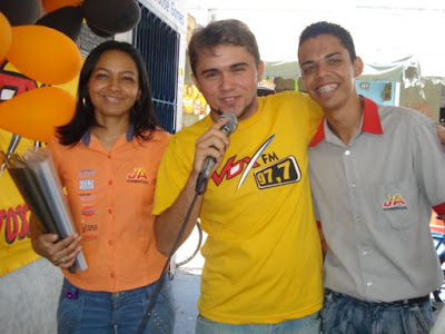 Vox Fm promove eventos nos bairros da cidade - Por Carlos Moreira / Ipueiras