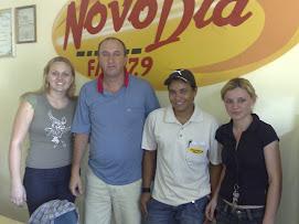 Eu e a equipe da Rádio Novo Dia FM Faxinal-PR