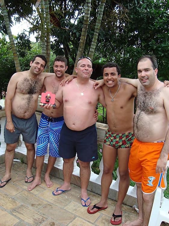 Diretores e o marcador de jogo com o Mala do ano 2010
