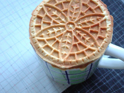 Stroopwafel Day 342: Aubergine Pizza avec Brie and Stroopwafels