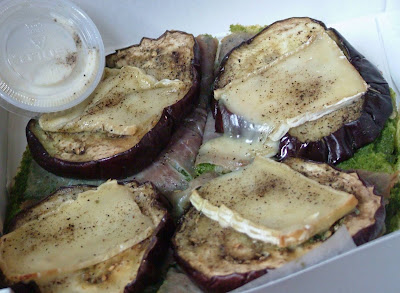 Eggplant+pizza+2 Day 342: Aubergine Pizza avec Brie and Stroopwafels