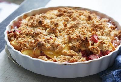 Peach+%26+Rhubarb+Big Crumb+Crumble Peach & Rhubarb Big Crumb Crumble