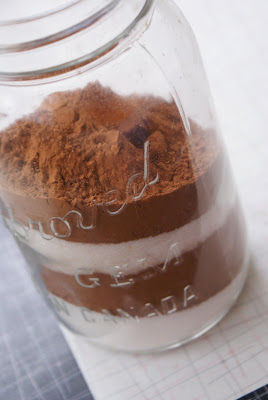 Layered%2Bcocoa%2Bin%2Bjar Homemade Hot Cocoa Mix