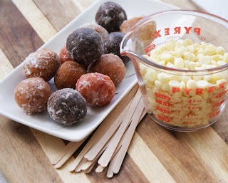 Timbits%2B%2526%2Bchocolate Cake Pops for Cheaters
