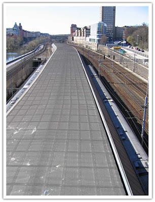 Tågperrong från ovan
