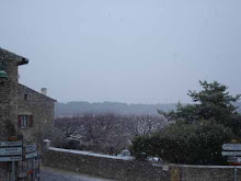 Snowing in Faucon
