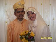 Gambar saya bersama isteri tercinta
