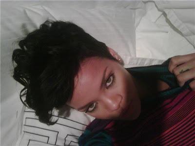 Rihanna nude pics have leaked on the Internet.