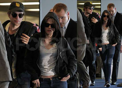 ~ Cronología Robsten ~ Actualizada 13 Junio 68337033cfe6ae7e_Pictures_of_Robert_Pattinson_and_Kristen_Stewart_Together_at_LAX_After_Oprah_Appearance_in_Chicago_