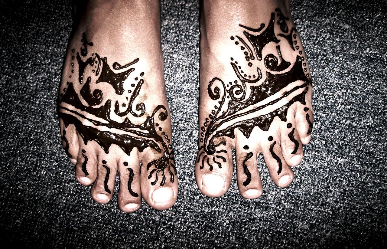 Professional Henna Artist Afghani Indian Arabic Moroccan Henna