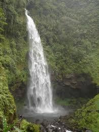 Air terjun Curug Cipendok di Indonesia