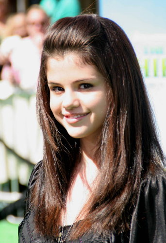 selena gomez the star celebrity