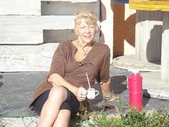 """Marta """"Tomando mate en una tarde con sol"""" Playa"""