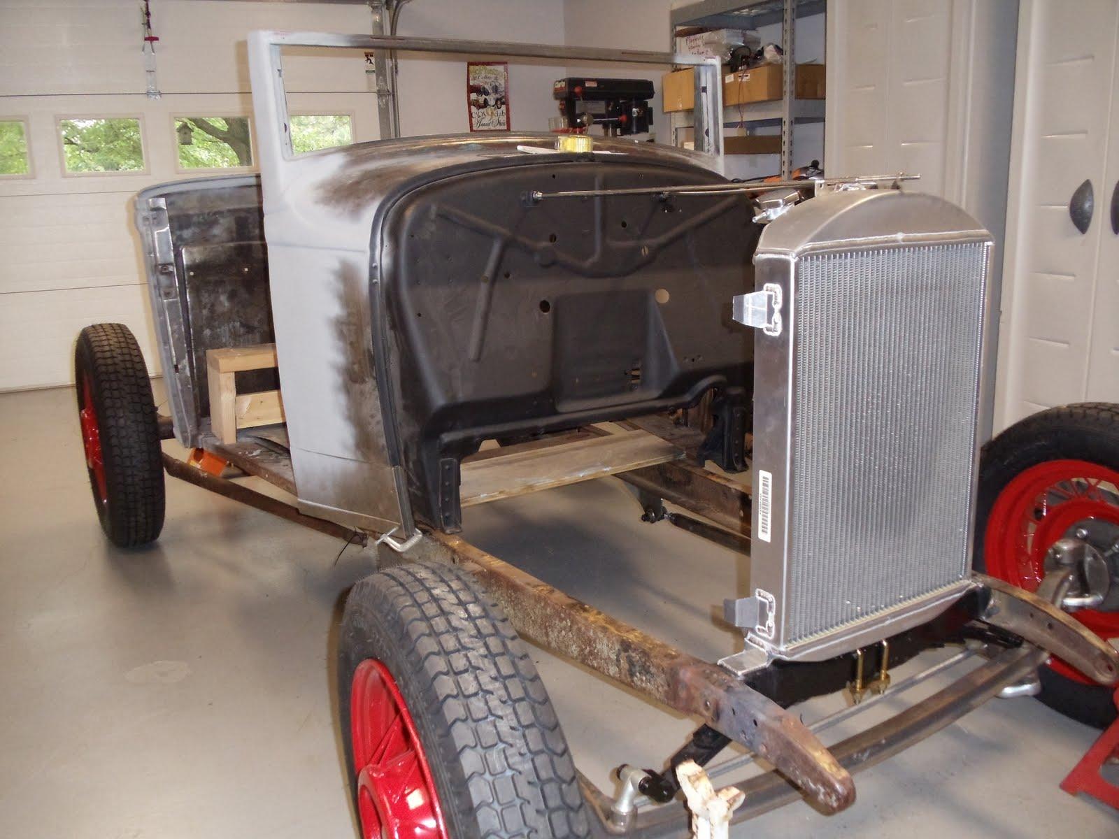 32 Ford Traditional Hot Rod: radiator mockup