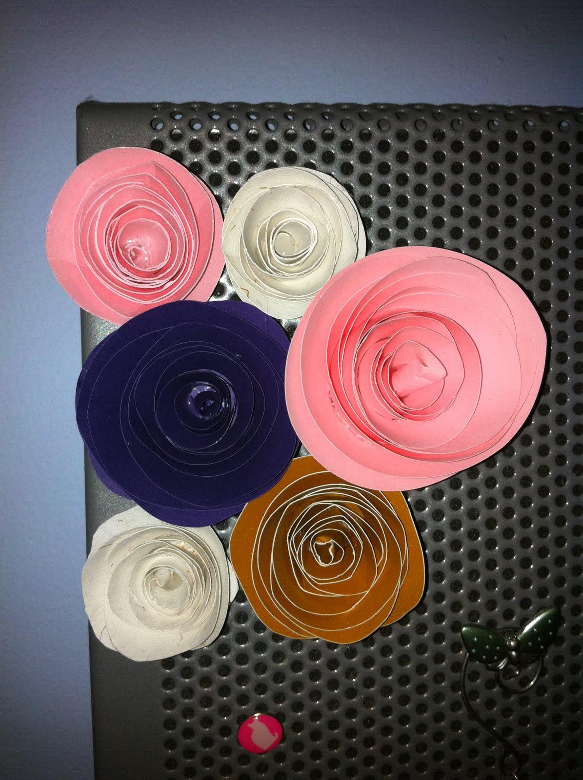 Stargazun Designs Spiral Paper Flowers Magnets Tutorial