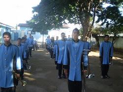 A banda preparando para o desfile