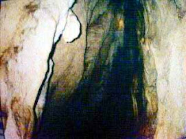 Gua Arjuna Minturaga