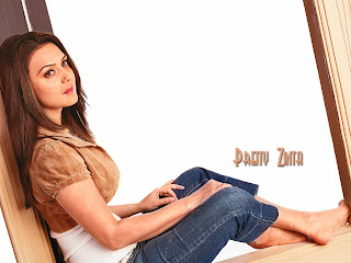 Preity+Zinta+wallpapers3.jpg (1600×1200)