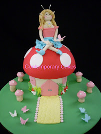 Intermediate 3. Toadstool and Fairy cake class