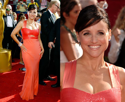 Julia Louis-Dreyfus' Narciso Rodriguez gown was elegant, with an added wow ...