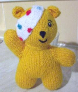 PUDSEY BEAR KNITTING PATTERNS FREE - VERY SIMPLE FREE KNITTING PATTERNS