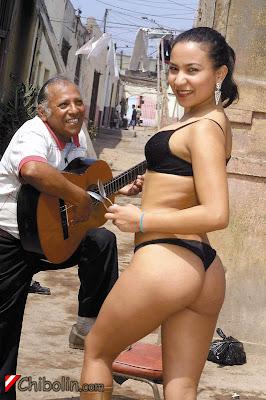 Gigi Táez y el tío Jarana