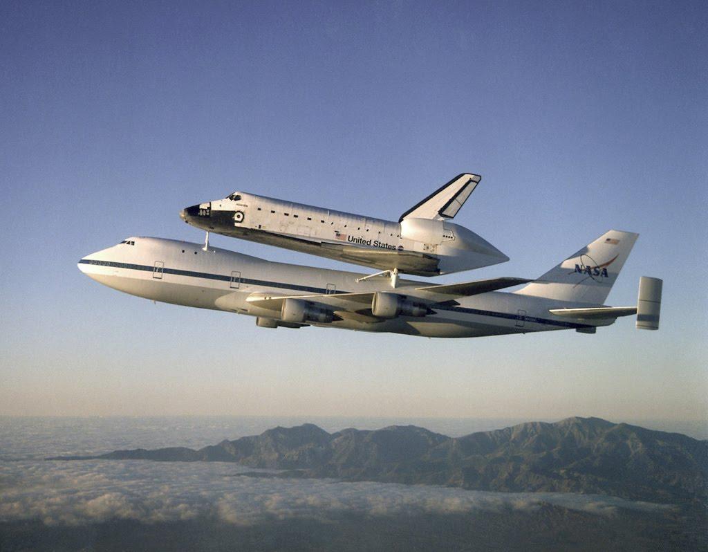 http://3.bp.blogspot.com/_P8GpwUiZ_uA/TDWYHUPGkvI/AAAAAAAAAkg/B1rmYzAFt0g/s1600/aircraft-wallpaper.jpg