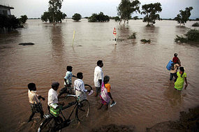 India's drought turns to record floods
