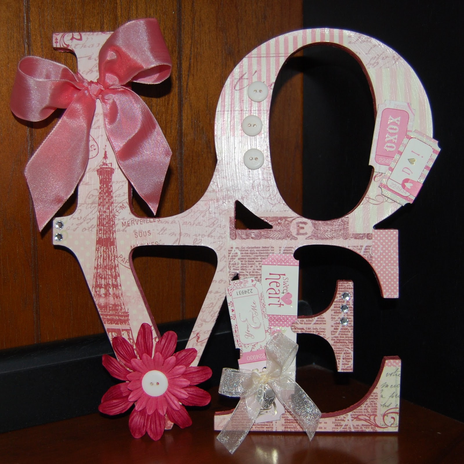 Scrapbook ideas cheap - Valentines Day Projects