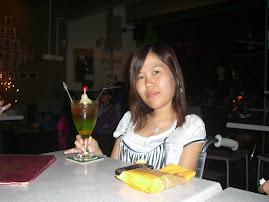 DJ 2: 尤琳荔