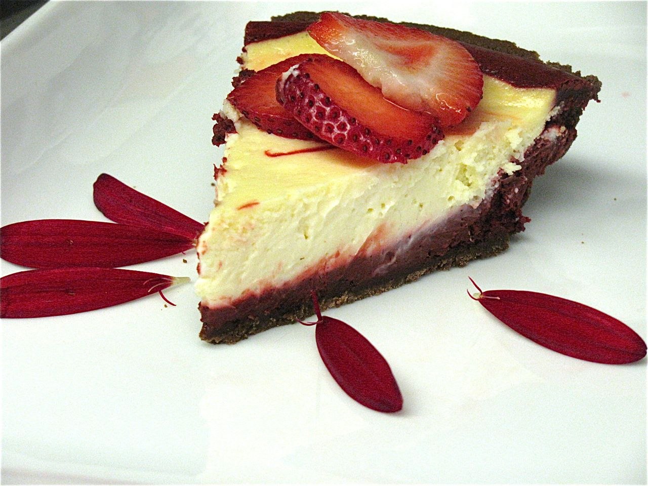 PASSION ON THE STOVE TOP: Red Velvet Cheesecake