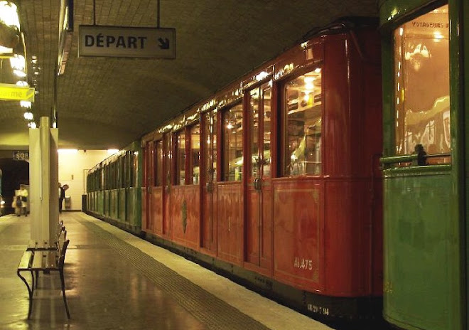 Old Sprague-Thomson Paris Metro carriage