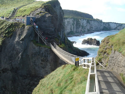 to the Carrick-a-Rede Rope