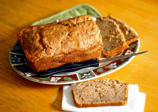 delicious inspiration.: Apple Spice Bread.