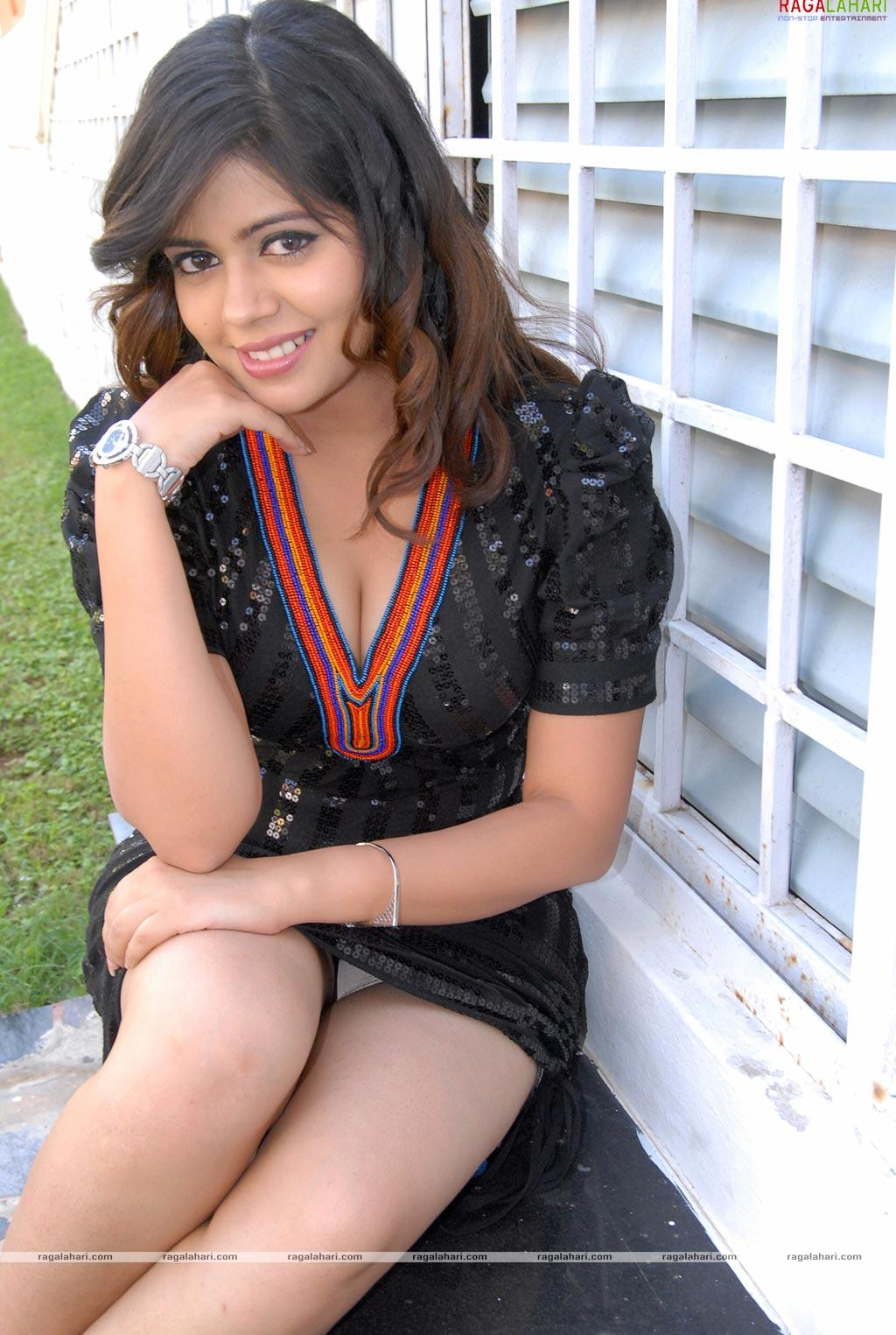 Hot Images Of Indian Actresses