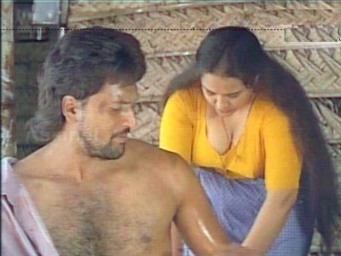 Old Malayalam Actress Hot