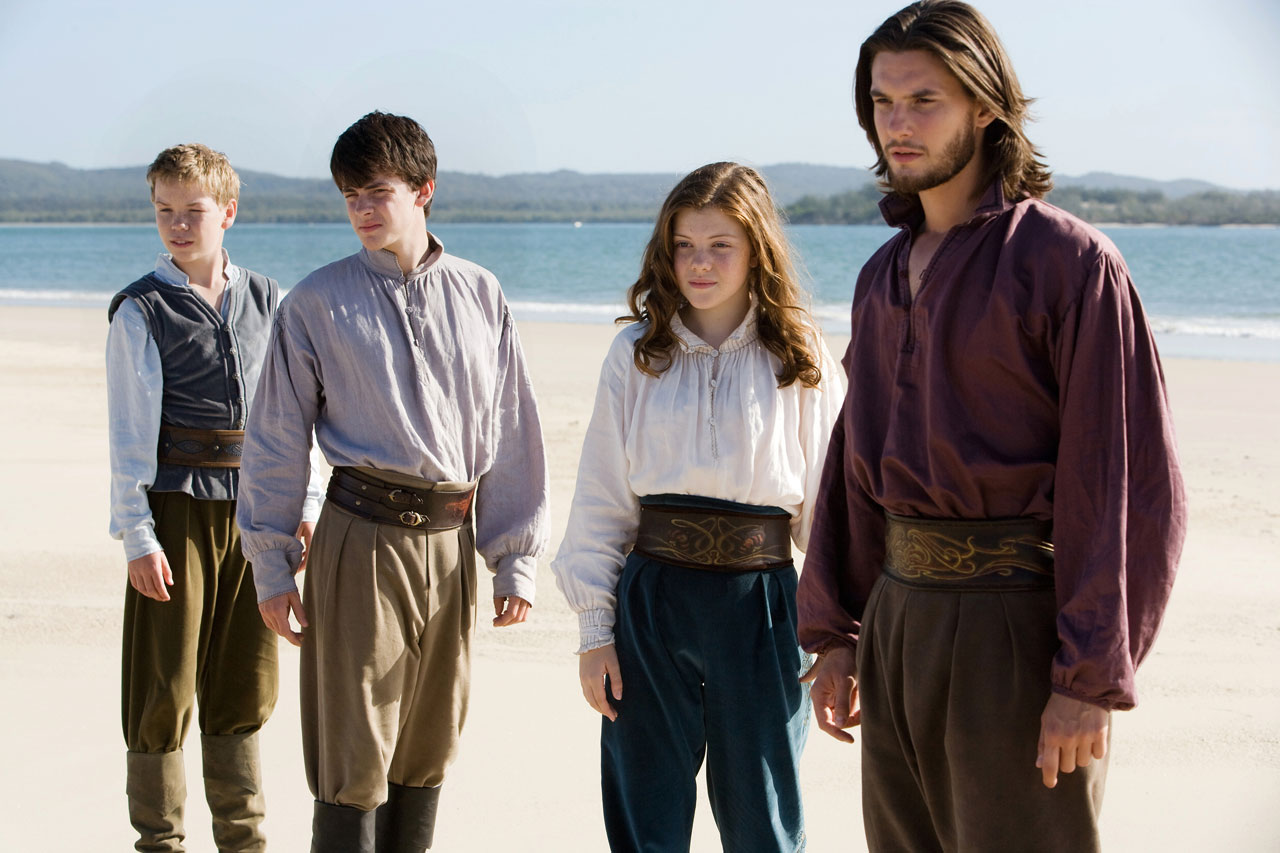 http://3.bp.blogspot.com/_PFdhsV1r5K0/TQTsy8s-WnI/AAAAAAAAB18/6GVgzAjA_vM/s1600/The-Chronicles-of-Narnia-The-Voyage-of-the-Dawn-Treader-Film-Review.jpg